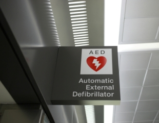 AED sign slide show size